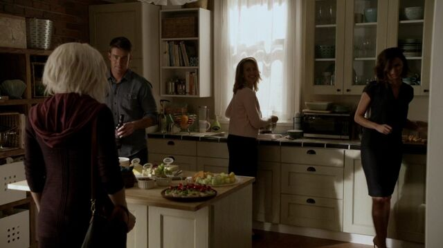 File:Normal izo101 0131.jpg