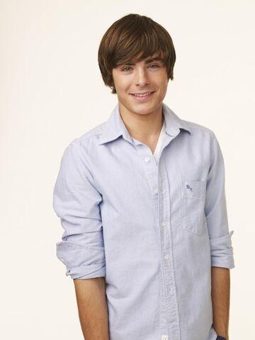 File:Troy in High School Musical 3.jpg