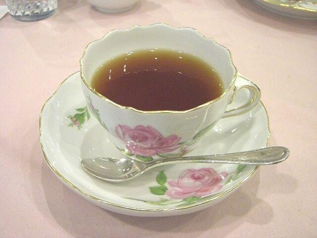 File:20100823173600!Meissen-teacup pinkrose01.jpg