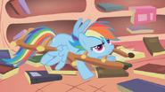 640px-Spike dubs Rainbow Dash -Rainbow Crash- S1E09