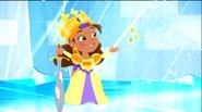 Izzy-Queen Izzy-bella14