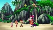 Groupshot-Pirate Sitting Pirates02