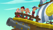Captain Flynn with Jake &Crew-Pirate Mummy12