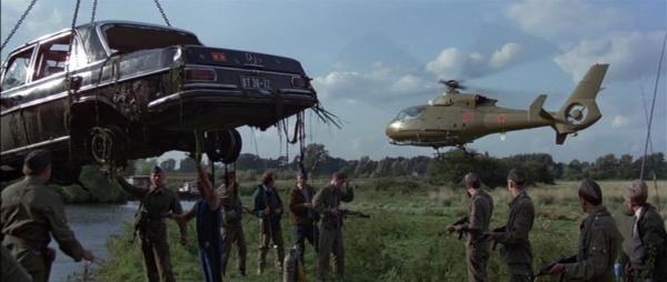 File:Bonds dead car.jpg