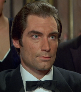 Bond - Timothy Dalton - Profile