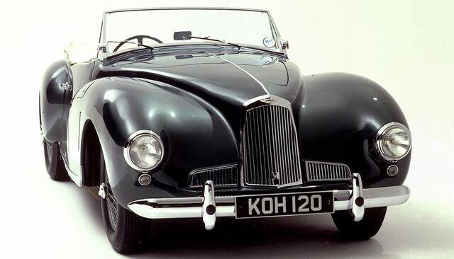File:Aston-martin-db1-2-litre-sports-865 3919 969X727.jpg
