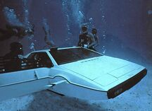 Lotus submersible - operating the model