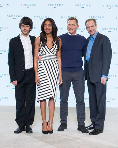 File:Spectre press conference - Craig, Wishaw, Harris, and Feines.jpg