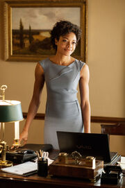Skyfall-miss-moneypenny