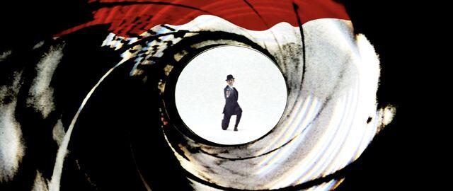 File:On Her Majesty's - Gun Barrel.jpg