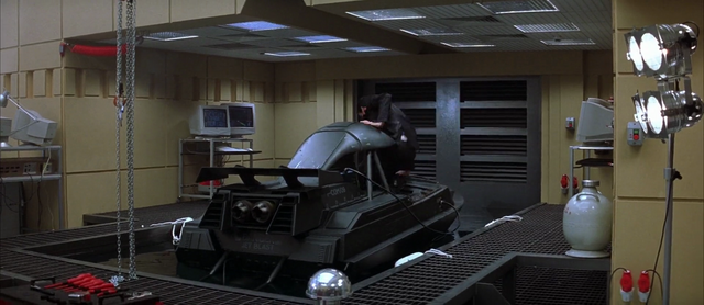 File:Q-boat - In Q-Division Lab.png