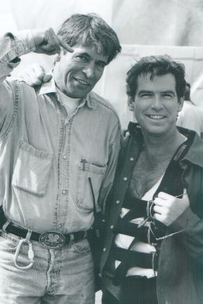 File:007- Dickey Beer on-set of Tomorrow Never Dies with Pierce Brosnon.jpg
