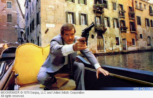 File:Venice Moonraker.jpg