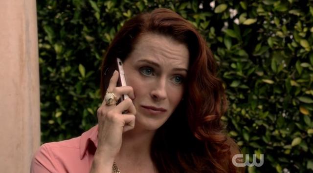 File:Rose 1x04 2b.png