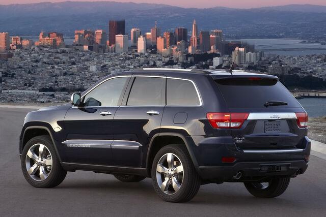 File:2011-Jeep-Grand-Cherokee-13.jpg