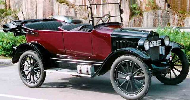 File:Overland Model 91 Touring 1922.jpg