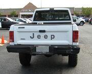 Jeep Comanche Pioneer white MD t