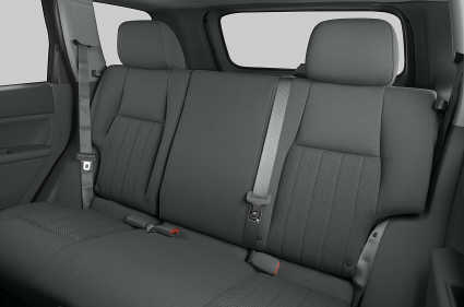 File:2006 Grand Cherokee backseat.jpg