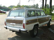 Jeep Grand Wagoneer white NC r