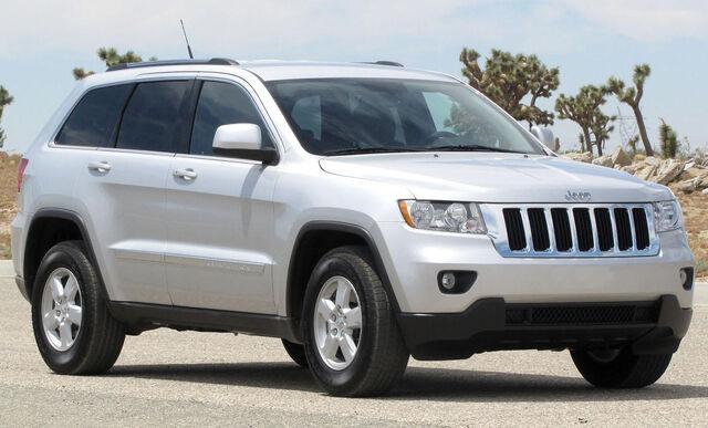 File:2011 Jeep Grand Cherokee Laredo -- NHTSA 2.jpg