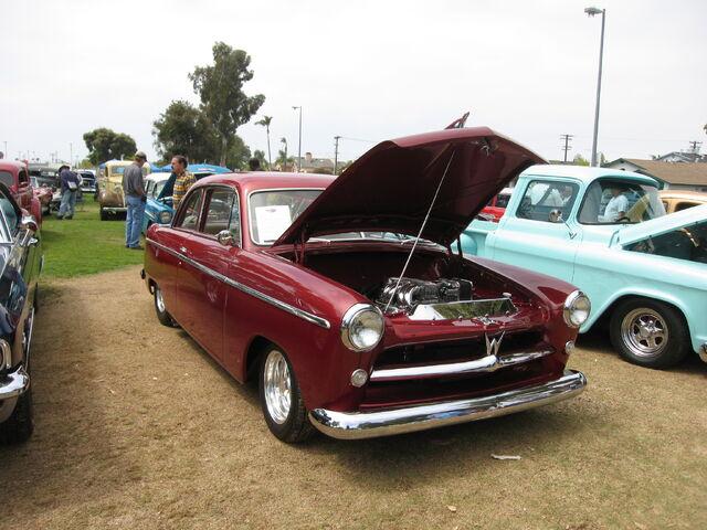 File:1952 Willys Aero Ace 1.jpg