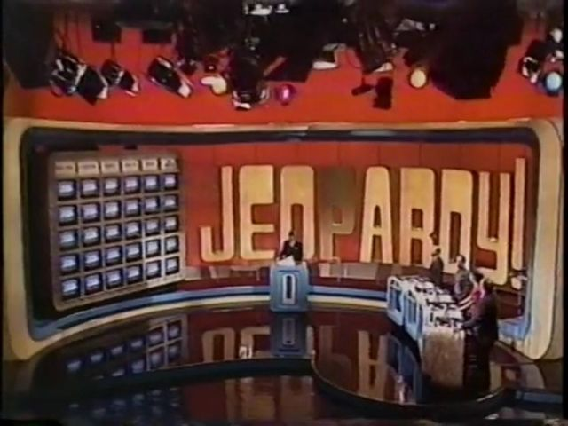 File:Super Jeopardy Set 3.jpg