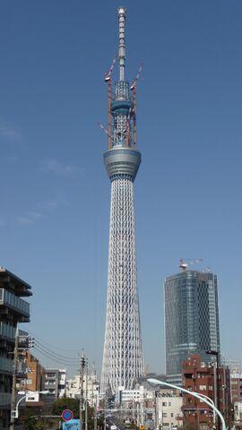 File:Tokyo Sky Tree under construction 20110319-1.jpg