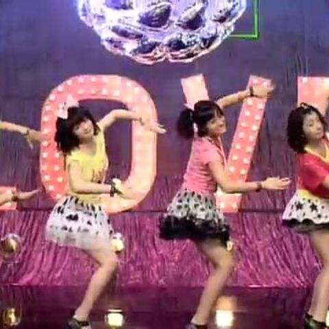The idol groups ANGERME does JoJo SFX Go Go Go in their official