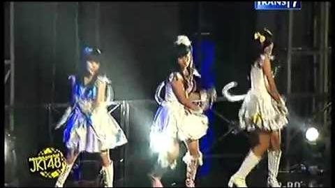 JKT48 - Tenshi no Shippo @ JKT48 Concert Trans7 07.07.2013