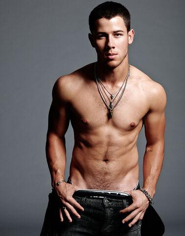 File:Nick-Jonas-Flaunt6.jpg