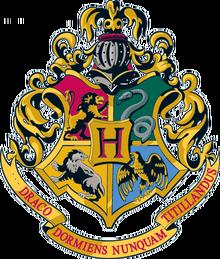 Hogwarts Crest 1