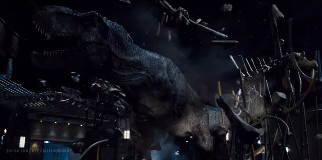 File:Jurassic-world-tyrannosaurus-rex-end-scene-1.jpg