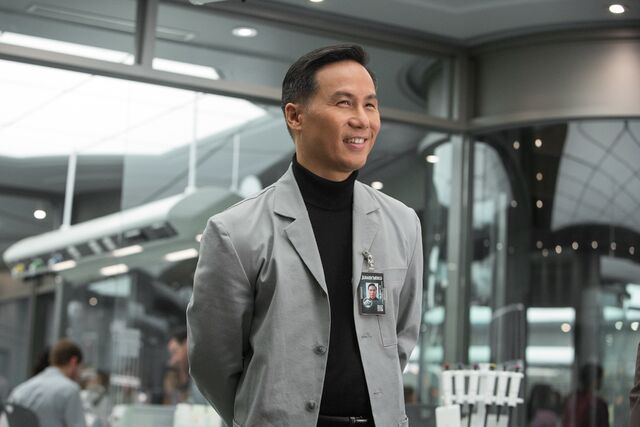 File:Henry Wu Jurassic World.jpg