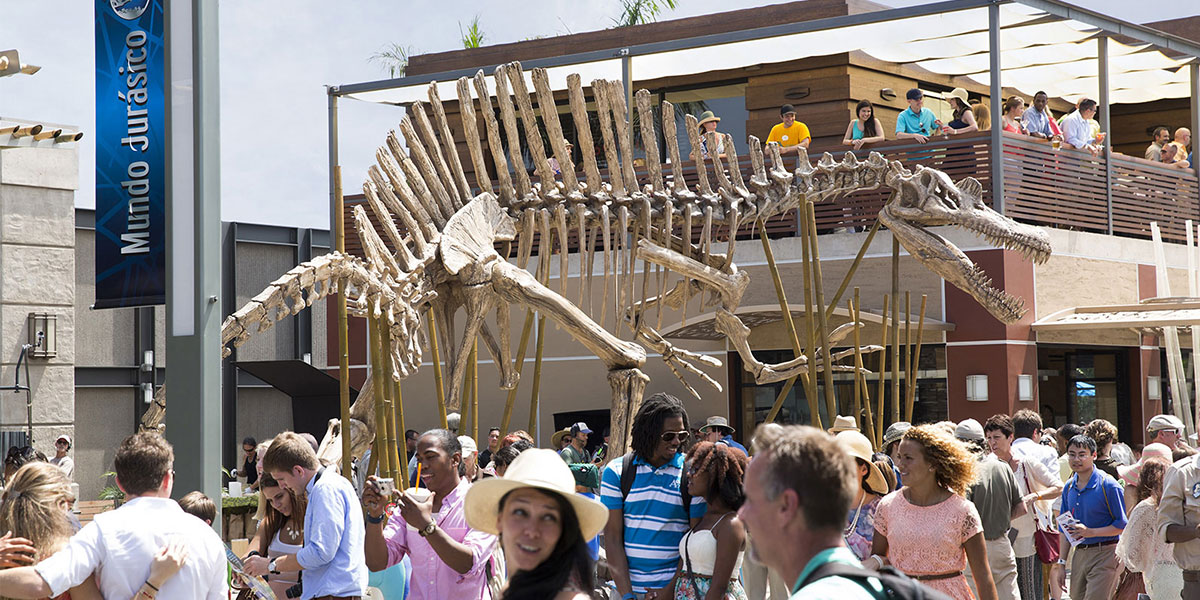 Universal's attempt to make the JW Spino skeleton that of the JP3 Spino. Latest?cb=20141128122204