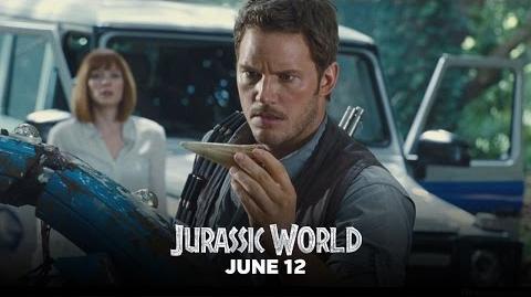 "Jurassic World - Featurette ""A Look Inside"" (HD)"
