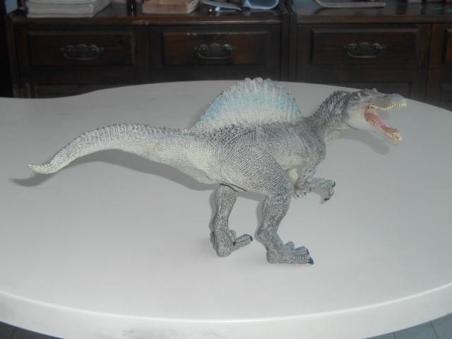 File:Papo Spinosaurus.JPG