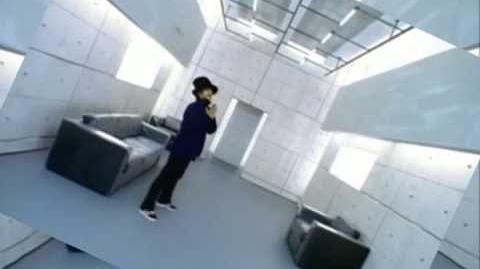 Jamiroquai - Virtual Insanity (Official Music Video)
