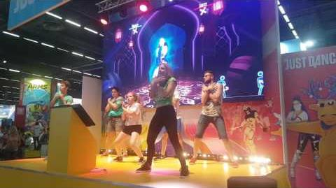 Naughty Girl by Beyonce Just Dance 2018 at Japan Expo