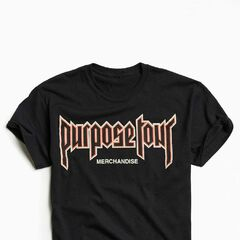 £35|€39<br /><br />Proudly own your Belieber status with this Purpose Tour graphic tee. Crafted from heavyweight cotton and cut in a standard fit silhouette. Topped with a metal-inspired Purpose Tour text graphic across the chest and finished with a banded crew neck. Only at Urban Outfitters.