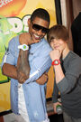 Usher and Justin Bieber at the KCA's 2009