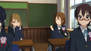 Yui and Himeko at the graduation day