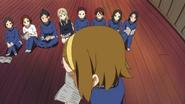 Class 3-2 watching Ritsu