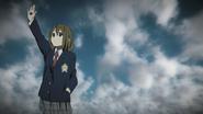 Yui'sHandRaised