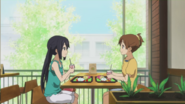 Ui and Azusa hanging out