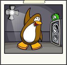 Dancing-penguin