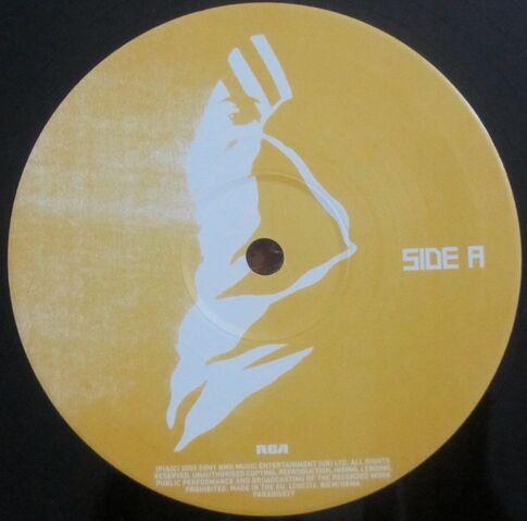 File:Cutt Off 10 Vinyl Single (PARADISE27) - 2.jpg