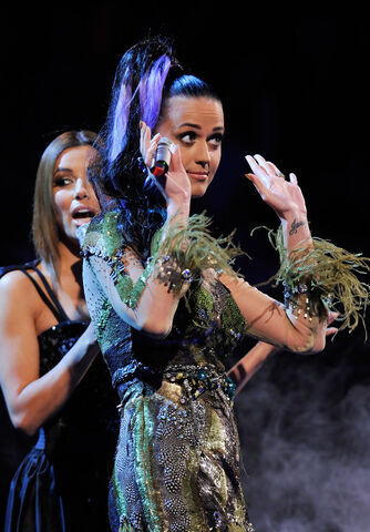 File:Katy+Perry+MTV+Europe+Music+Awards+2010+Show+dhUmEnP54Kax.jpg
