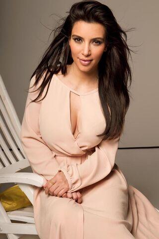 File:Kim-kardashian01.jpg
