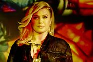 Kelly-Clarkson-Piece-By-Piece-kelly-clarkson-38290889-820-546