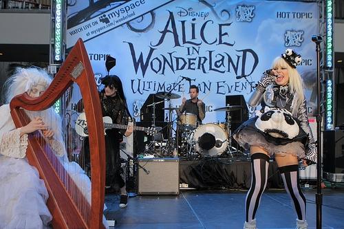 File:Alice In Wonderland Ultimate Fan Event (7).jpg